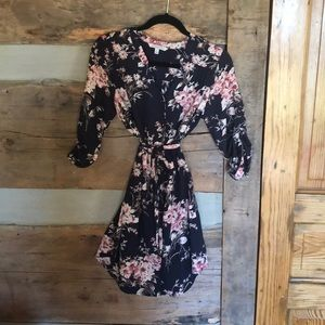 NWOT- Beautiful 41 Hawthorn dress